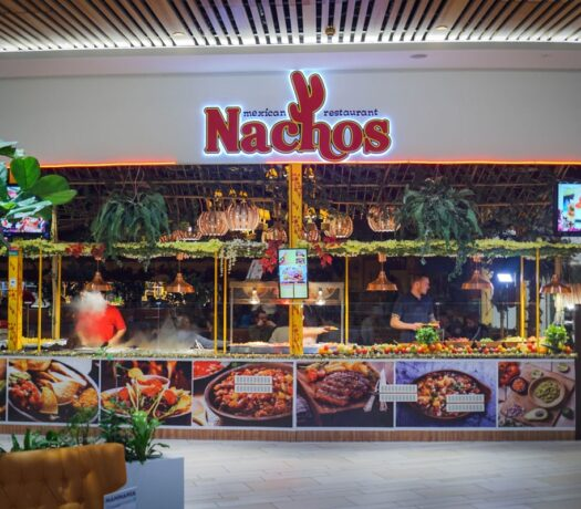 Nachos Restaurant i Fields