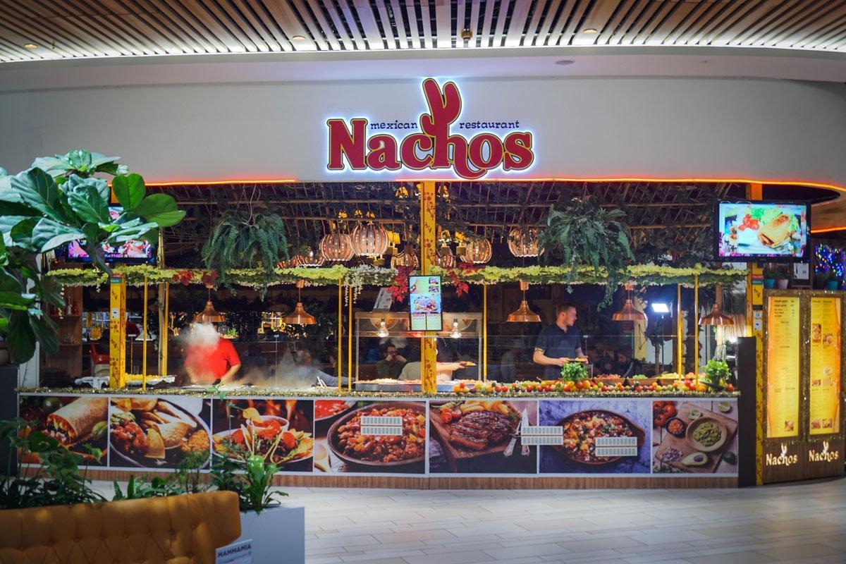 Nachos Restaurant i Fields